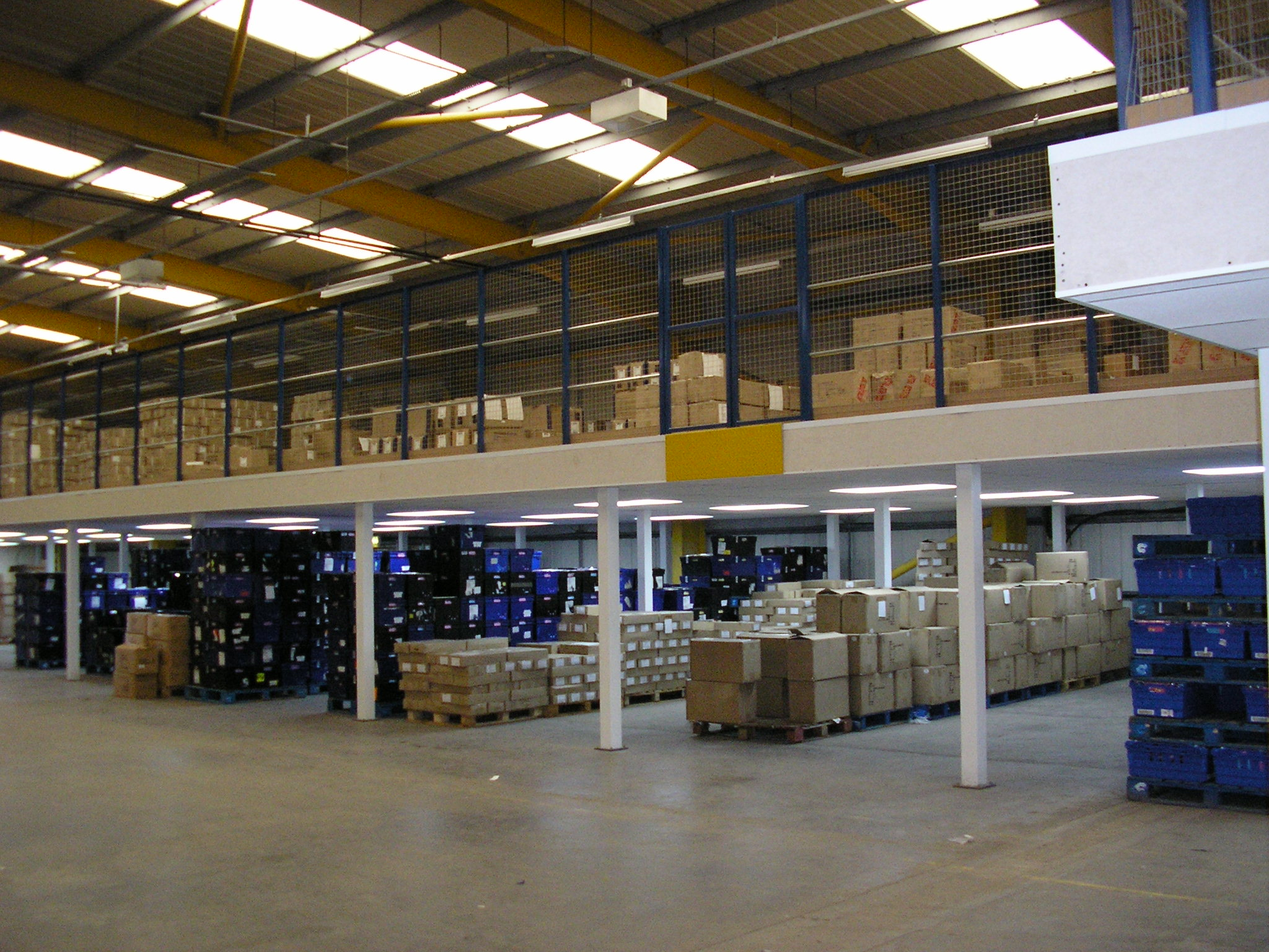 Does your business need a mezzanine floor bradfield storage for How to build a mezzanine floor in your home